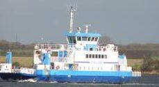 Færgen Bitten: Mange benyttede sig af muligheden for gratis færge