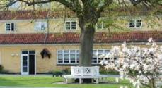 Kom og hør om højskolen i Fynshav - den er fra 1920