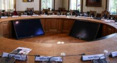 Byrådet mødes i Sydals-Hallen – og du kan følge med direkte på SønderborgNYT
