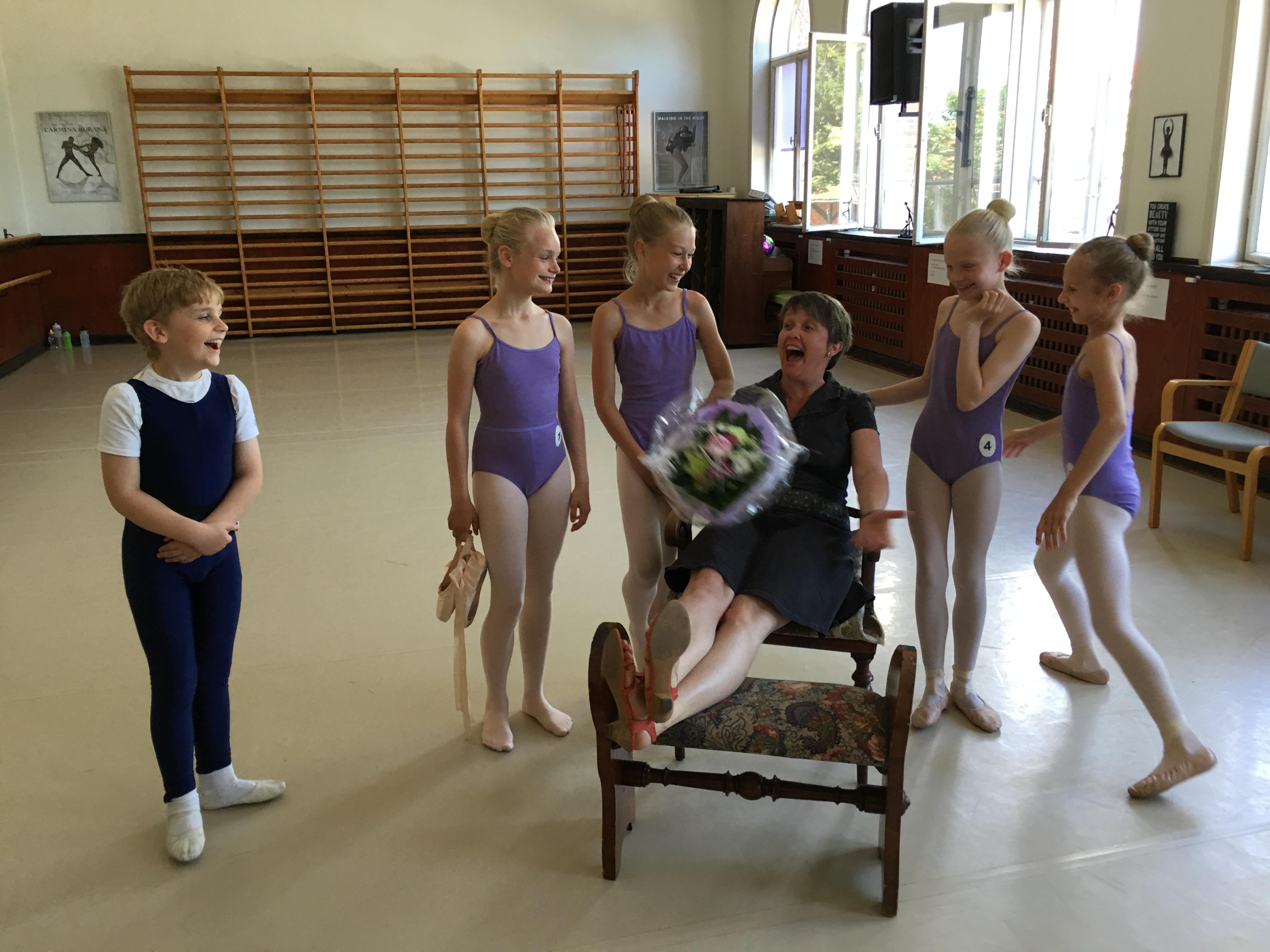 Fem lokale balletbørn bestod deres eksamen | SønderborgNYT