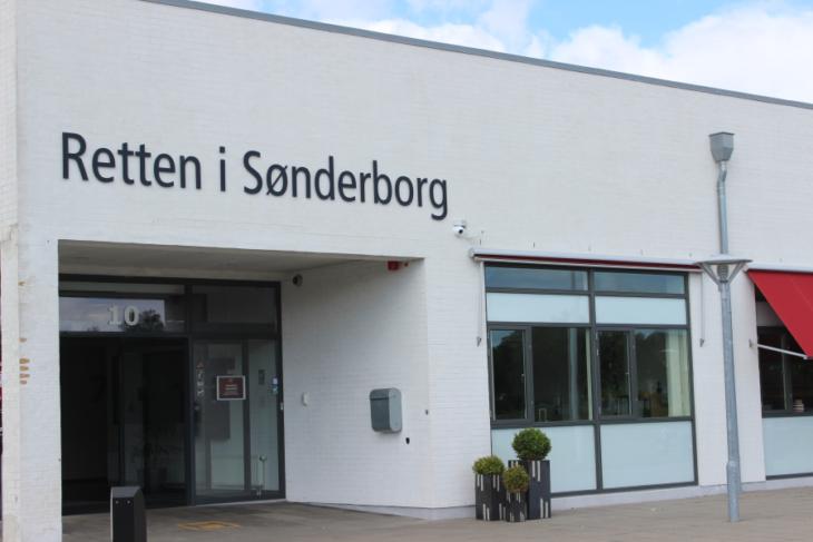 https://www.sonderborgnyt.dk/wp-content/uploads/2016/06/retten_8-730x487.png