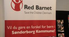 Børn fra Red Barnets familieklub fik legetøj