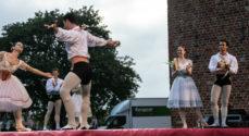 Den Kongelig Ballet reddet sidste øjeblik - der var tørvejr til dansen