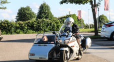 Unge fra fredagsklubben fik en tur på motorcykel