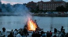 Alsion: Båltale med afsæt i traditioner