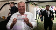 Ringriderfesten: Svend Aage Kjær købte én lodseddel for 35.000 kroner