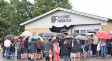 Første skoledag: Oksbøl Friskole fik foræret en brandstation