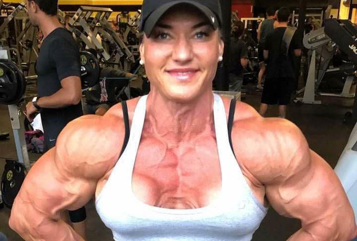 Bodybuilding kvindelig Styrketræning for