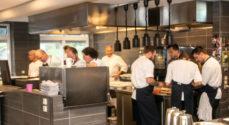 Masser af kokke bag luksusmenu på Restaurant Bind