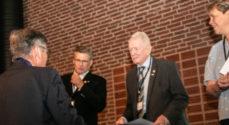 Rotary deler penge ud under distriktskonferencen