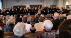 Kvinder fra Sønderjysk Pigekors fortid kom hjem og sang