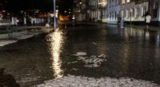 Vandet stiger og Sønder Havnegade spærres