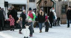 Nu er Skøjtebanen fyldt med glade børn