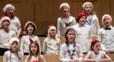 Billeder: Masser af børn sang julesange
