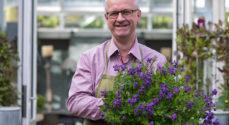 Biblioteket: Claus Dalby fortæller om sin spændende have