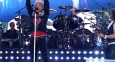 Venstremanden Peter Thomsen er tilfreds efter gennemgang af Bon Jovi-underskudsregnskab