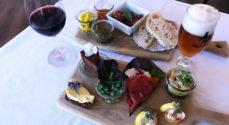 Nyd en lækker tapas-menu på DET GAMLE RÅDHUS