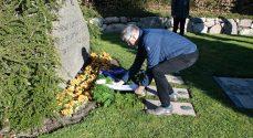 Befrielsen blev markeret med kranse til ære for faldne modstandsfolk