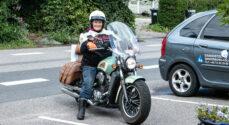 Aase Bondes motorcykeltur gav 42.295 kroner til hendes Afrika-projekt