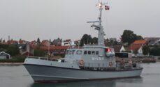Marinehjemmeværnet hjalp lystsejler der stod på grund