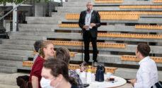 Billeder: Grundlovscermoni i Café Alsion