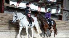 Billeder: Heste-piger i Svenstrup