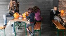 Billeder: Græskar på bordet i Perlegade