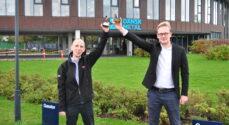 Lars Alfred Andersen og Emil Wismann fra Danfoss fik Lærlingeprisen 2020