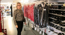 Uniformer til gardere og præstekjoler til Folkekirkens præster laves i Sønderborg