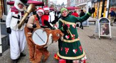 Borgen: Nizzebanden spilller crazy fortolkninger af julens sange